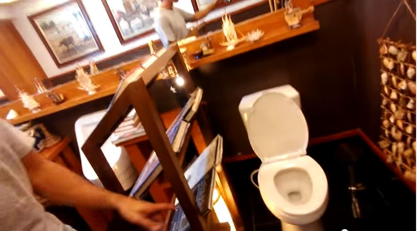 This public toilet is truly the best toilet you'll ever see