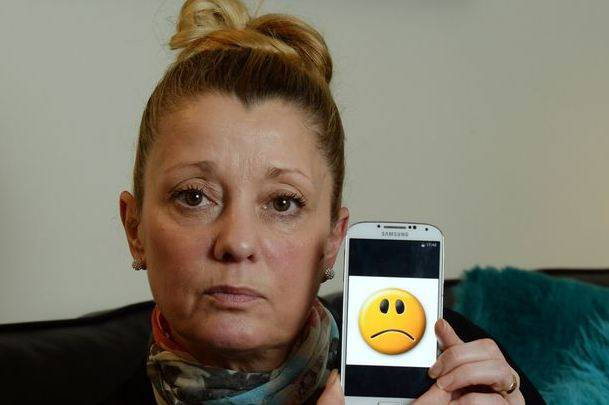 *Unhappy face*: Woman left with £1,200 phone bill for using emojis