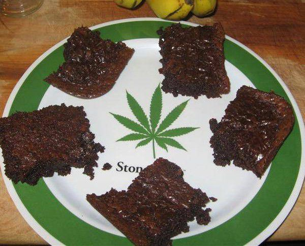 Father thinks he's having stroke after eating daughter's marijuana brownies