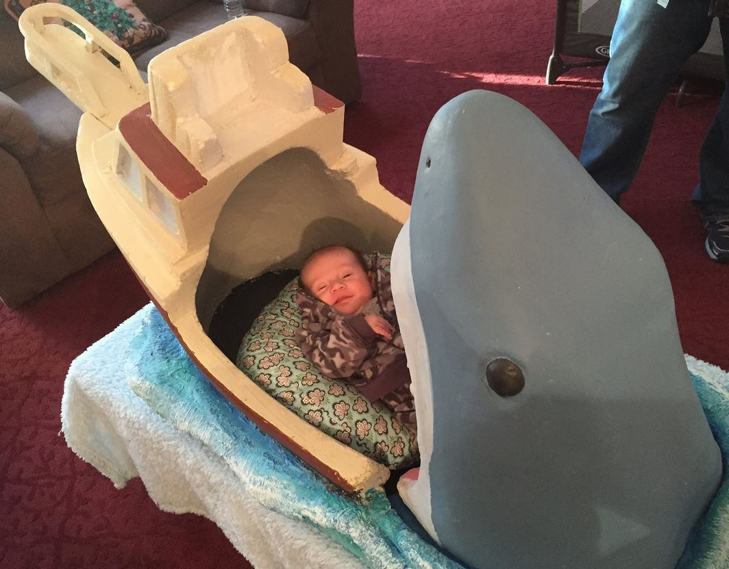 Jaws: Someone got inventive with their baby's crib