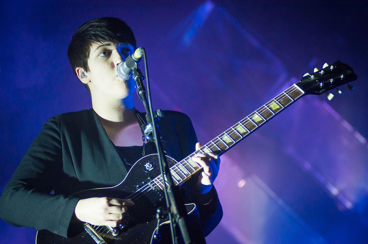 Want to liven things up in the bedroom on Valentine's Day? Listen to The xx