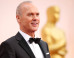 Michael Keaton Stuffs His Oscars Acceptance Speech Back Into His Pocket After Eddie Redmayne Beats Him To Best Lead Actor Gong (VIDEO)