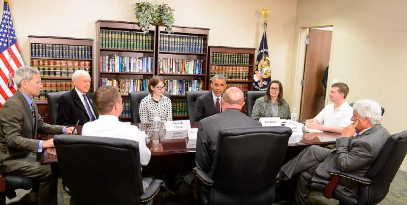 Man accidentally gets invite to Obama meeting – guess which one he is