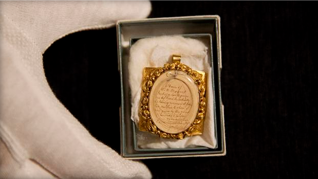 A locket of Mozart's hair is going to be auctioned for £12,000