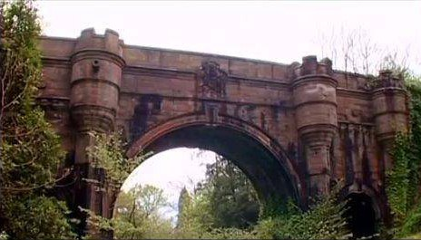 Hundreds of dogs have jumped from this 'haunted suicide bridge'