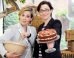 'Great British Bake Off' Host Sue Perkins Found Baked Alaska-Gate 'Painful – But Headlines Need To Be Made'
