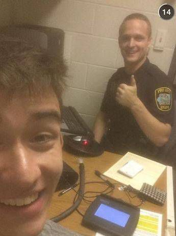 Stoner takes selfie with cop after being arrested for driving while high