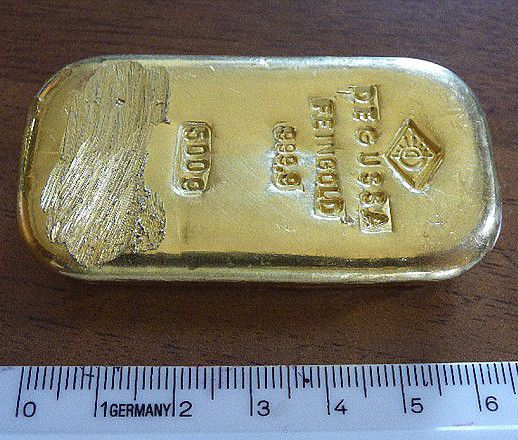Teenager gets to keep gold bar she found in a lake after nobody claimed it