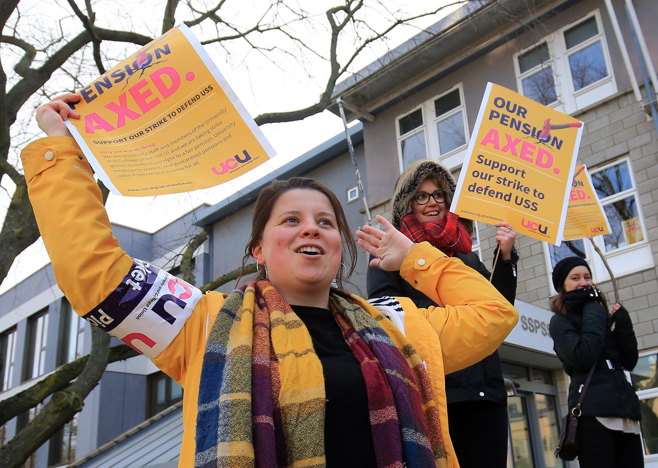 Government Backs Student Demands For Refunds Over Lecturer Strike
