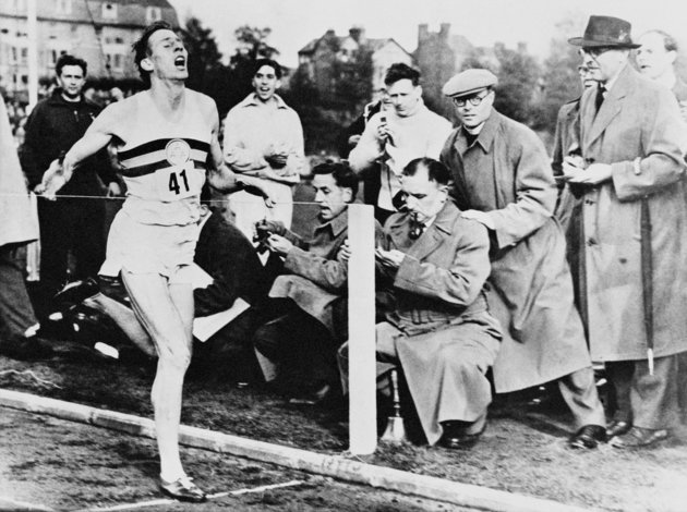 Roger Bannister, First Runner To Break The Four Minute Mile, Dies At 88