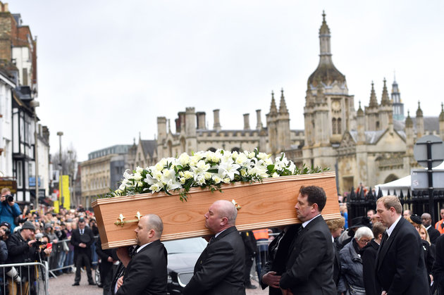 Stephen Hawking Applauded By Hundreds Lining The Streets For His Cambridge Funeral