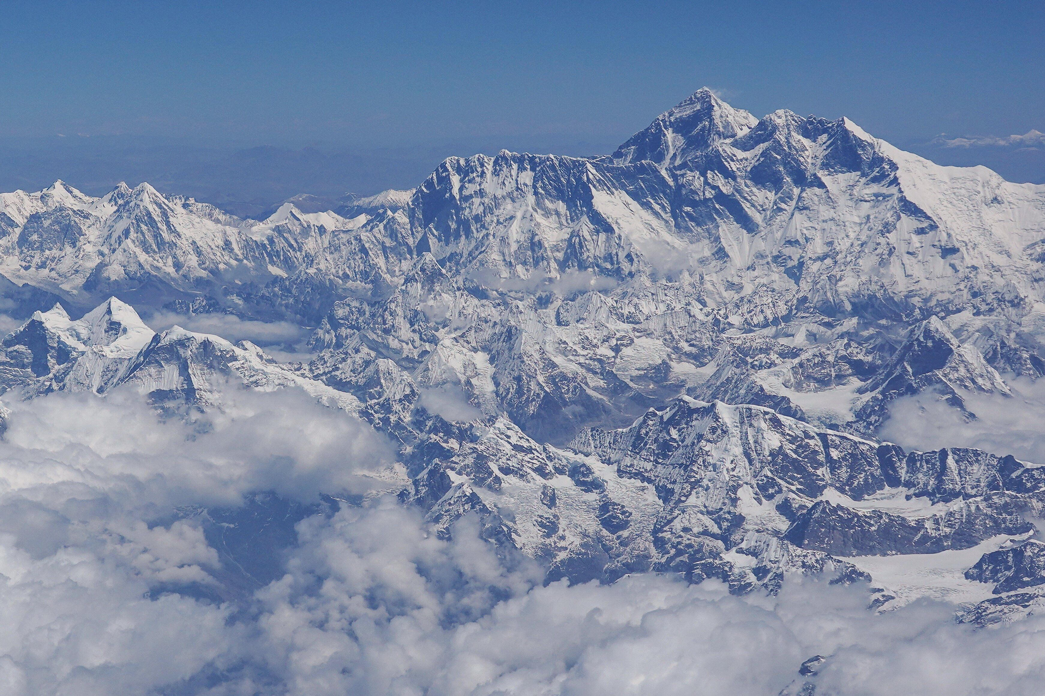 Climber Dies On Everest As Death Toll In Himalayas Reaches 18