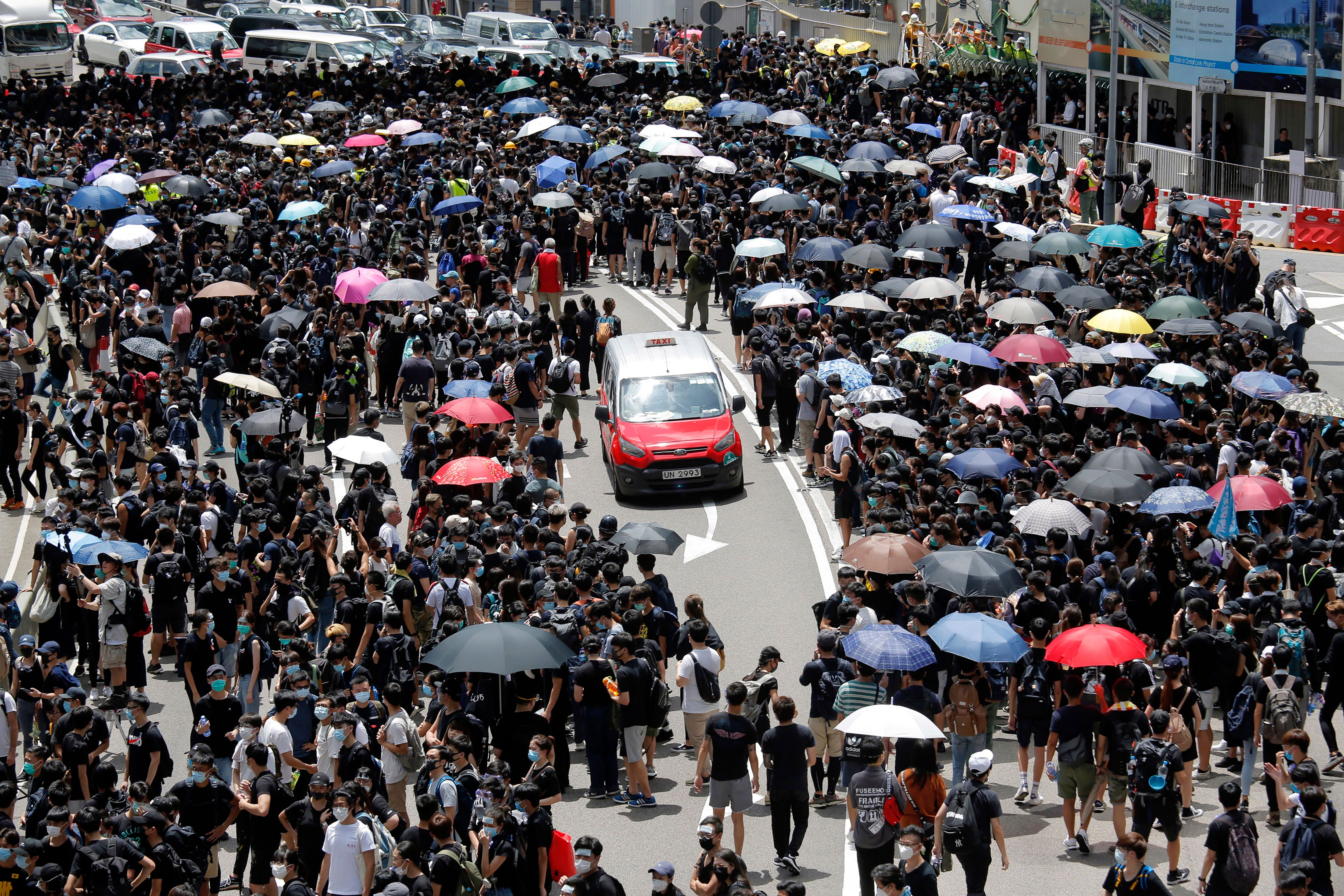 Thousands Of Protesters Return To The Streets Of Hong Kong To Denounce Extradition Bill