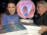 Taylor Swift's team, including father Scott Swift, deliver pizzas to fans