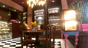 Choose Best Family Restaurant in Meerut
