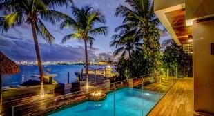 Luxury villa vacation rentals Las Vegas