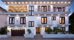 Luxury villa rentals Los Angeles