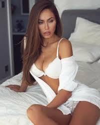 Enjoy With Hot & Sexy Call Girl Geet Kulkarni